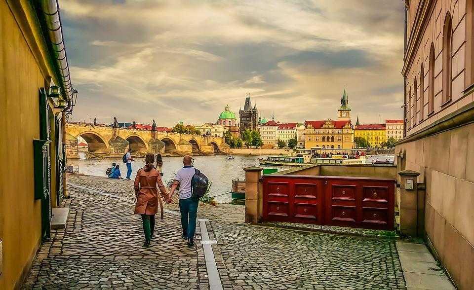 Прага, город, вечер